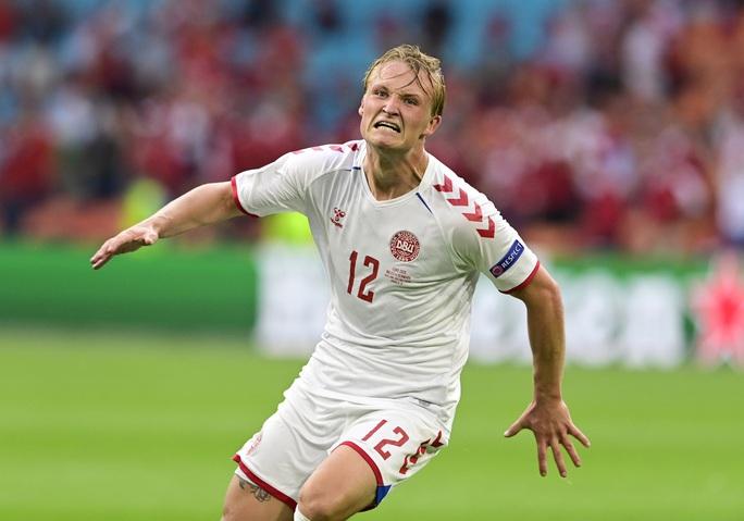 Người hùng Kasper Dolberg lập cú đúp, Đan Mạch tưng bừng giành vé tứ kết - Ảnh 5.