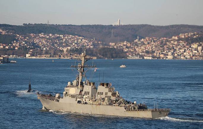 Mỹ đưa tàu khu trục tên lửa dẫn đường tới Ukraine - Ảnh 1.