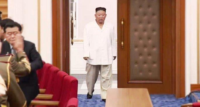 Người dân Triều Tiên lo lắng khi ông Kim Jong-un sụt cân - Ảnh 1.