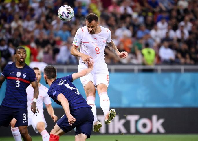 Mbappe sút hỏng luân lưu, Pháp ngậm ngùi chia tay Euro - Ảnh 1.
