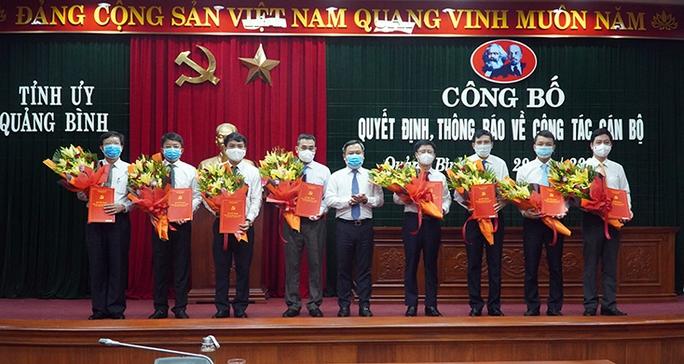 Quảng Bình điều động, bổ nhiệm 8 giám đốc sở, ngành - Ảnh 1.