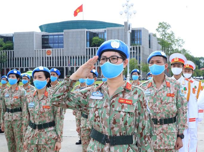 Bệnh viện dã chiến cấp 2 số 2 báo công dâng Bác - Ảnh 6.