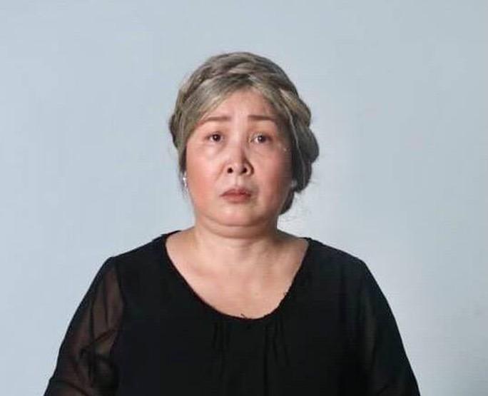 NSND Hồng Vân viết tâm thư cúi đầu xin lỗi khán giả - Ảnh 1.