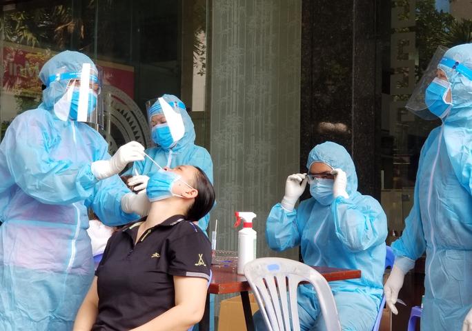 Bộ Y tế cảnh báo sử dụng test nhanh SARS-CoV-2 bán trên mạng - Ảnh 2.