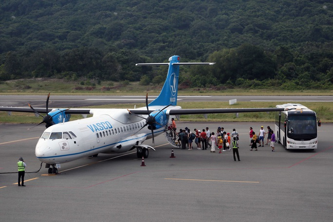 Bà Rịa - Vũng Tàu đề xuất tạm dừng các chuyến bay đến Côn Đảo - Ảnh 1.