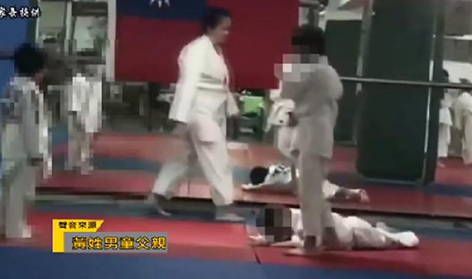 Bị thầy và đồng môn vật 27 lần, võ sinh judo tử vong - Ảnh 3.