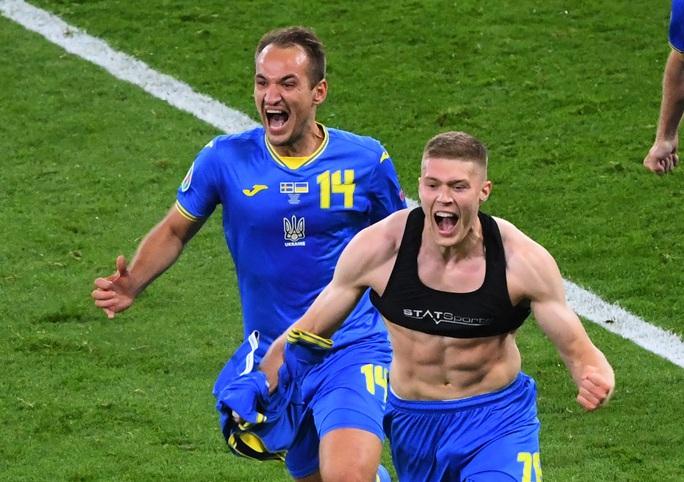 Thắng Thụy Điển, Ukraina chạm trán Anh tại tứ kết Euro 2020 - Ảnh 6.