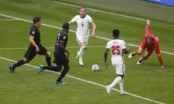 Sterling và Kane bùng nổ, tuyển Anh tiễn chân người Đức về nước - Ảnh 3.