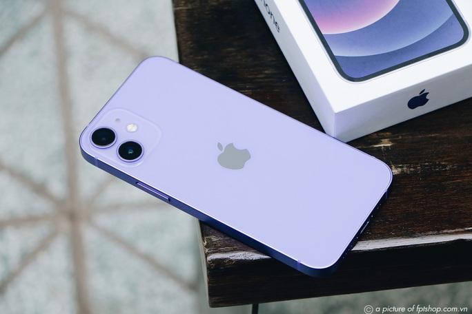 iPhone 11, 12 có đợt giảm giá mạnh nhất từ đầu năm - Ảnh 1.