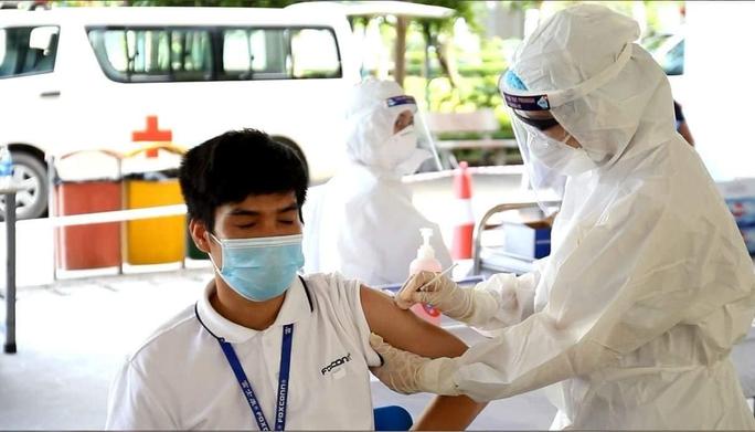 Việt Nam phê duyệt vắc-xin Covid-19 của Trung Quốc - Ảnh 2.