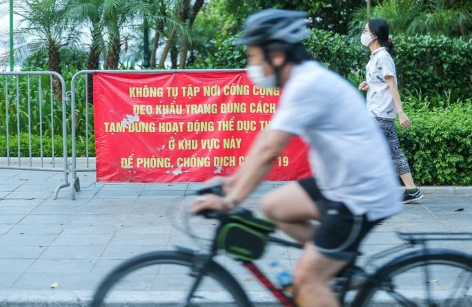 CLIP: Dịch vụ cho thuê xe đạp ở hồ Tây kiếm tiền triệu mỗi ngày - Ảnh 10.