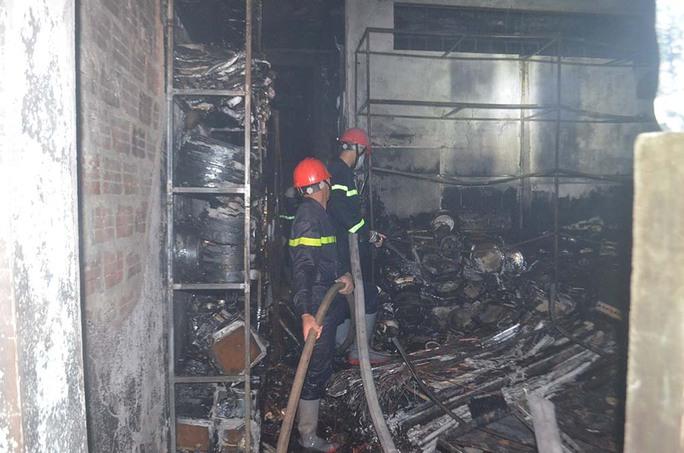 Quảng Ngãi: Cháy lớn khiến 4 người trong gia đình tử vong - Ảnh 3.