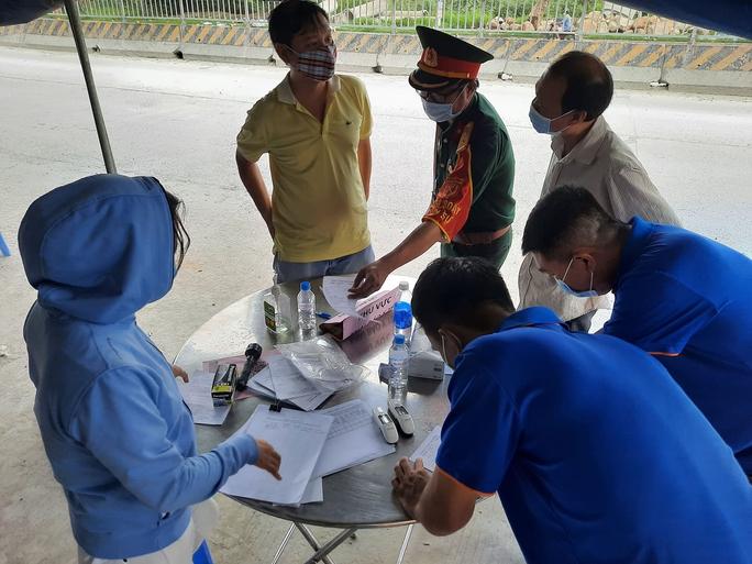 Diễn biến mới sau khi quy định từ TP HCM đến Đồng Nai phải cách ly 21 ngày - Ảnh 7.