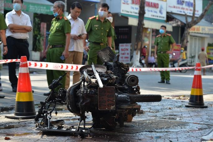 Vụ cháy nhà khiến 4 người tử vong: Những bức xúc từ hiện trường - Ảnh 1.