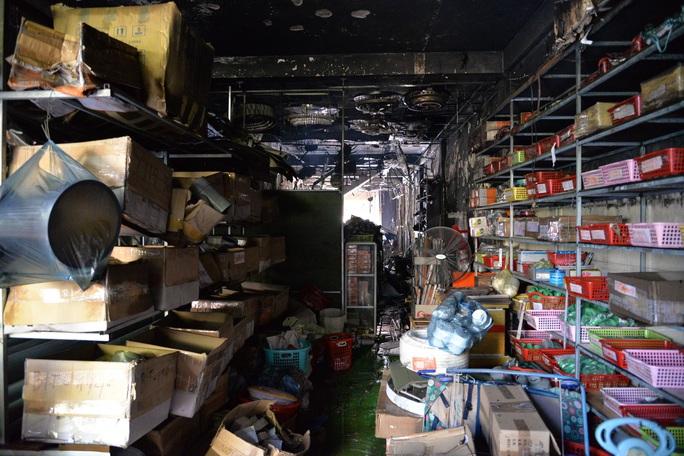 Hiện trường kinh hoàng vụ cháy nhà khiến 4 người tử vong - Ảnh 5.