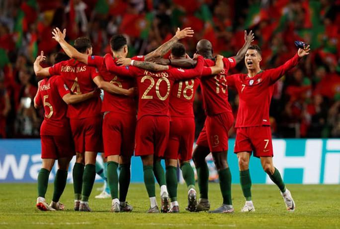 Bồ Đào Nha: Hàng thủ 100 tuổi và khát vọng vô địch - Ảnh 1.