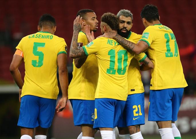 World Cup 2022: Neymar tỏa sáng, Brazil vững ngôi đầu bảng Nam Mỹ - Ảnh 6.