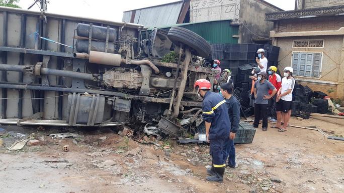Nhân chứng kể lại giây phút kinh hoàng vụ tai nạn thảm khốc - Ảnh 2.