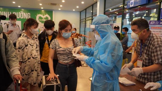 Nữ du học sinh ở Quảng Bình tái dương tính lần 2 với SARS-CoV-2 - Ảnh 1.