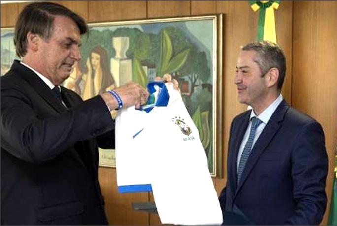 Nghi quấy rối tình dục, chủ tịch LĐBĐ Brazil bị đình chỉ nhiệm vụ trước Copa America - Ảnh 2.