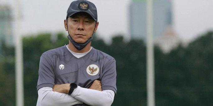 HLV Indonesia đổ thừa trọng tài sau trận thua thảm bại tuyển Việt Nam - Ảnh 1.
