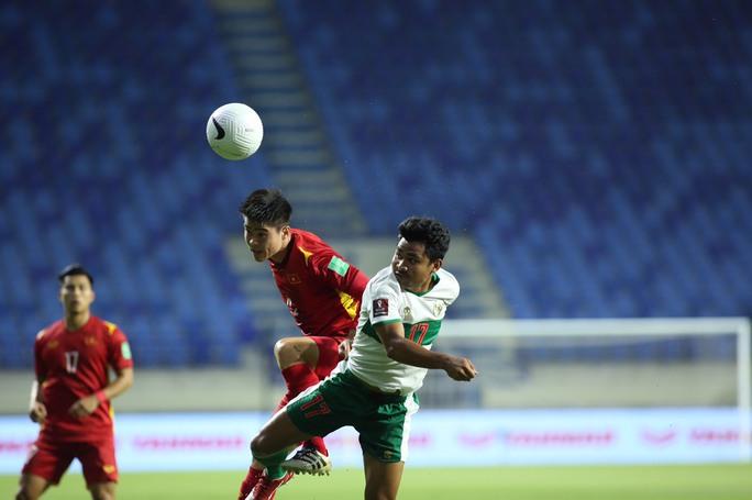 Tuyển Việt Nam đè bẹp Indonesia 4-0, vững ngôi đầu bảng G - Ảnh 7.