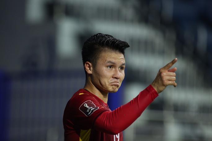 Tuyển Việt Nam đè bẹp Indonesia 4-0, vững ngôi đầu bảng G - Ảnh 3.