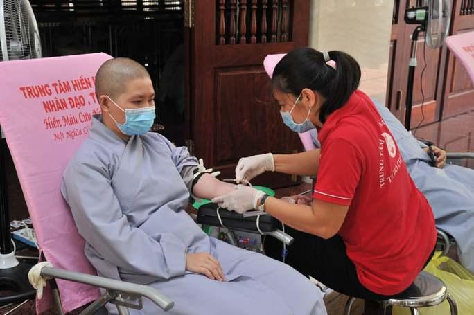 TP HCM: 50% đơn vị hủy hiến máu do dịch Covid-19 - Ảnh 3.
