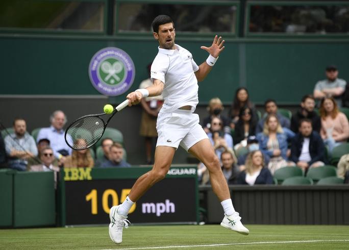 Djokovic nói gì khi vào vòng 3 Wimbledon 2021? - Ảnh 4.