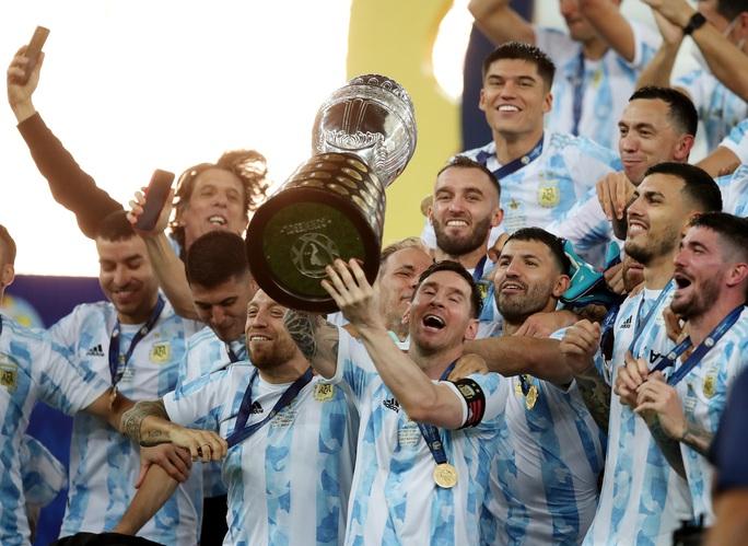 Copa America 2021: Brazil gục ngã ở sân nhà, Lionel Messi lần đầu vô địch cùng Argentina - Ảnh 10.