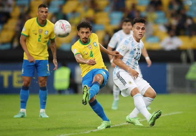 Copa America 2021: Brazil gục ngã ở sân nhà, Lionel Messi lần đầu vô địch cùng Argentina - Ảnh 3.