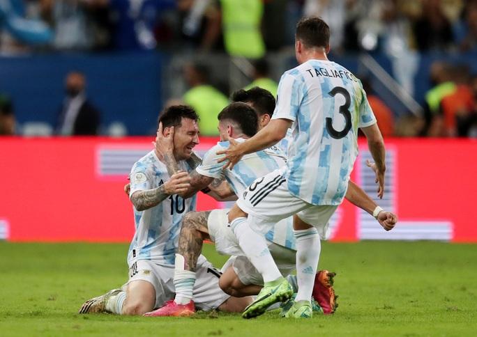 Hoàng thân Qatar báo tin vui, Messi chờ tái ngộ Neymar ở PSG - Ảnh 5.