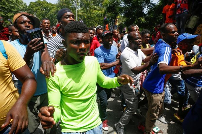 Phu nhân cố tổng thống Haiti tiết lộ động cơ của nhóm sát thủ - Ảnh 2.