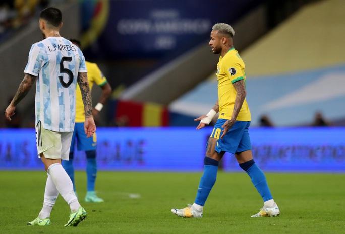 Copa America 2021: Brazil gục ngã ở sân nhà, Lionel Messi lần đầu vô địch cùng Argentina - Ảnh 4.
