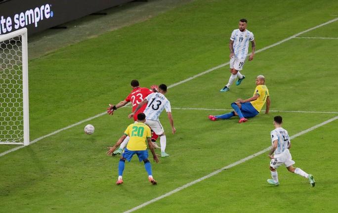 Copa America 2021: Brazil gục ngã ở sân nhà, Lionel Messi lần đầu vô địch cùng Argentina - Ảnh 7.