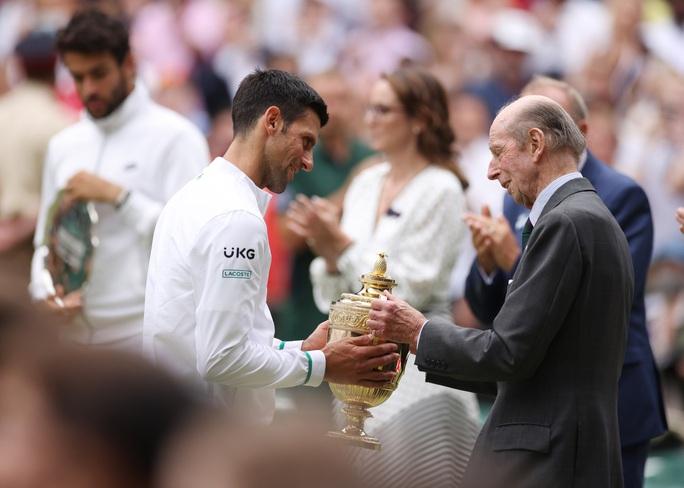 Djokovic vô địch Wimbledon 2021, san bằng kỷ lục 20 Grand Slam - Ảnh 7.