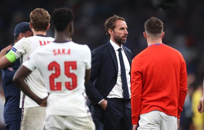 HLV Southgate nói gì khi tuyển Anh thua trên chấm luân lưu? - Ảnh 4.