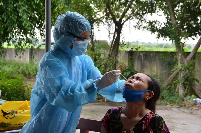 Ca nhiễm SARS-CoV-2 từ TP HCM về Thanh Hóa dự đám tang, 1 xã bị phong tỏa - Ảnh 2.