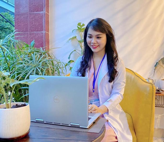 Bác sĩ Bệnh viện Nhi Đồng 1 tư vấn sức khỏe miễn phí cho bệnh nhi qua Zalo - Ảnh 1.