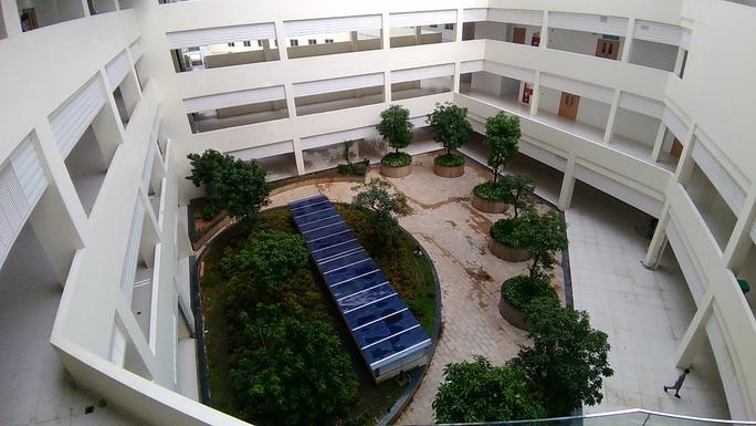 TP HCM: Chuyển công năng bệnh viện ngàn tỉ thành trung tâm hồi sức Covid-19 - Ảnh 1.