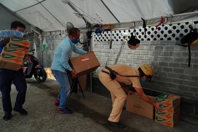 Hai chương trình Báo Người Lao Động đến với quận 12 và TP Thủ Đức - Ảnh 1.
