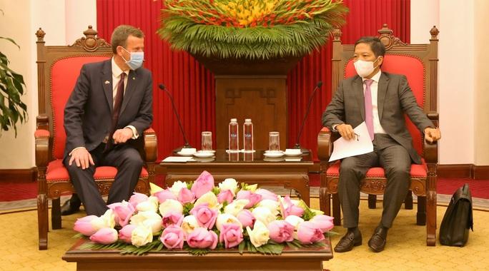 Đề nghị Úc ưu tiên cho Việt Nam tiếp cận sớm nhất vắc-xin của AstraZeneca - Ảnh 2.
