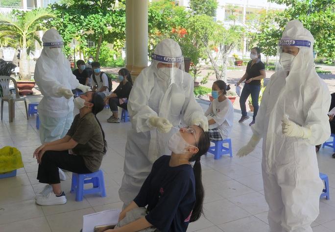Phú Yên: Một trường hợp mắc Covid-19 tử vong khi cách ly tại nhà - Ảnh 1.