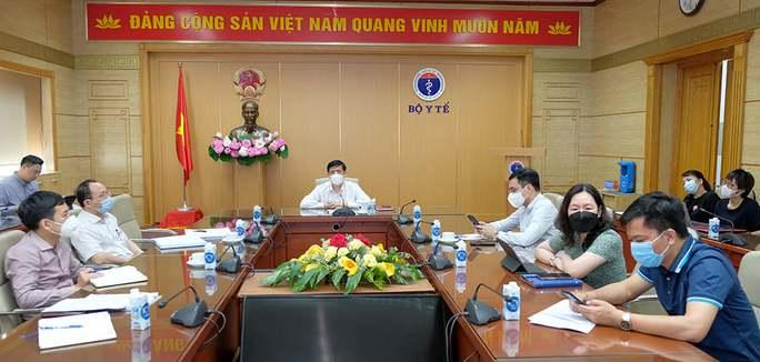 Pfizer cam kết cung ứng thêm 20 triệu liều vắc-xin Covid-19 cho Việt Nam - Ảnh 1.