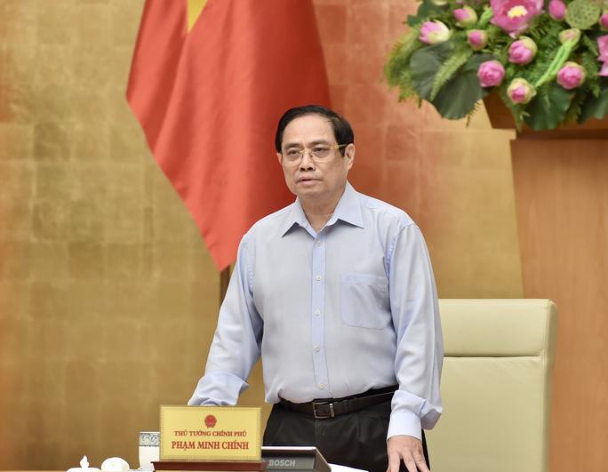 Thủ tướng chủ trì họp khẩn với 27 tỉnh, thành về chống dịch Covid-19 - Ảnh 1.
