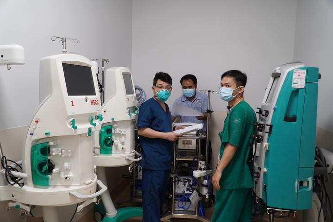 TP HCM: Những hình ảnh bên trong Bệnh viện hồi sức Covid-19 - Ảnh 6.