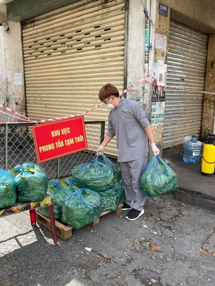 Hoa hậu Khánh Vân cùng nhiều nghệ sĩ tiếp tục hỗ trợ người dân chống dịch - Ảnh 2.