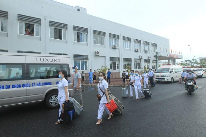 114 bác sĩ, điều dưỡng Hải Phòng xung phong vào TP HCM - Ảnh 2.