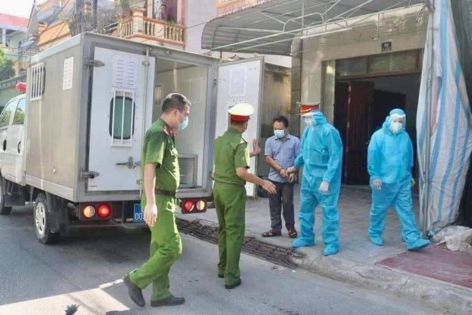 Bắt chủ nhà xe chở 46 người từ TP HCM về làm lây lan dịch Covid-19 - Ảnh 2.