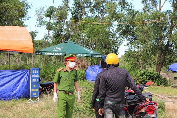 8 người tự di chuyển từ TP HCM về Quảng Nam mắc Covid-19 - Ảnh 1.